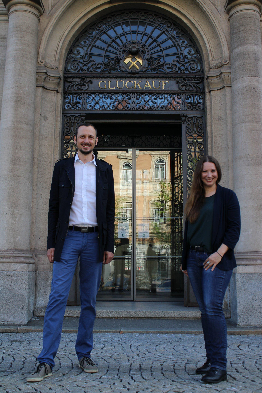 Univ.-Prof. Dr. Thomas Grießer (li.) und Romana Schwarz, MSc (Kunststofftechnik Montanuniversität Leoben)